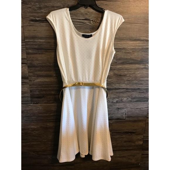 de7661ac39dc5 Lane Bryant White and Gold Dress Size 18 20